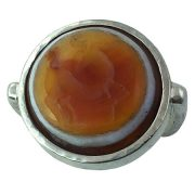 anello etnico con sigillo